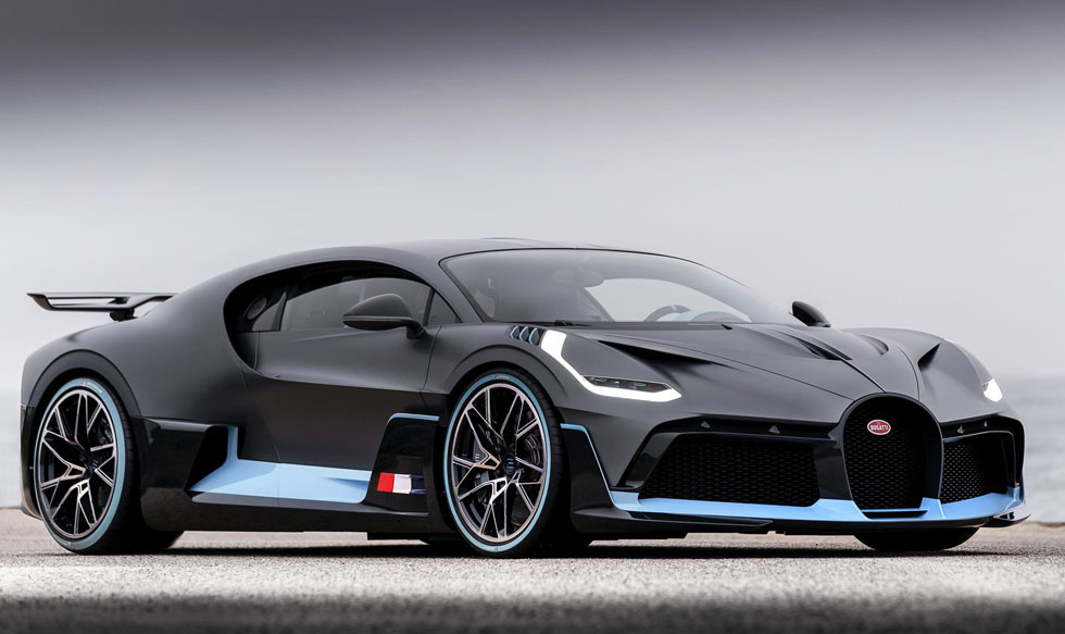 "Bugatti Introduces New Super Car ""Divo"""