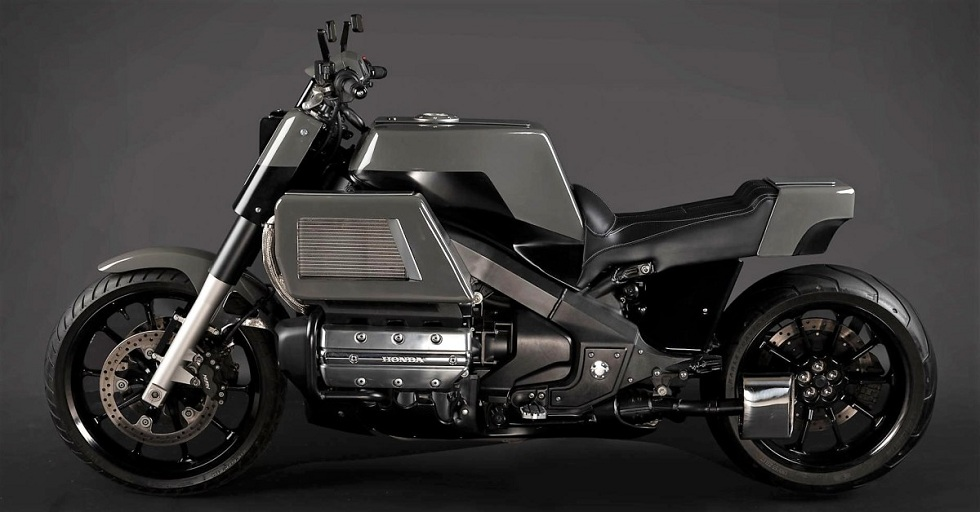 Honda Valkyrie Streetfighter! Muscular Ride