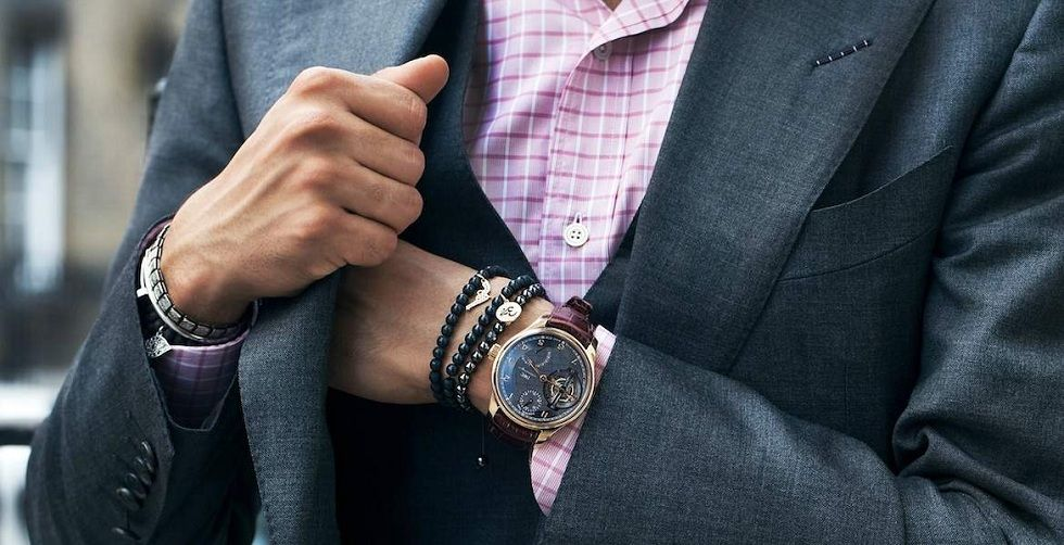 Be stylish with modern wrist watches for men