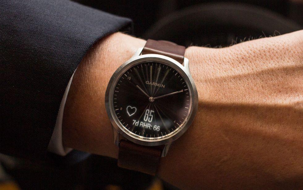 Garmin Vivomove HR hybrid smartwatches! The Updates