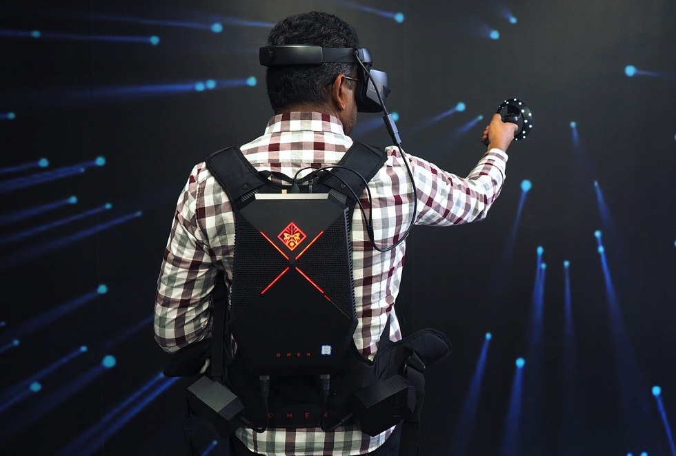 HP's new Reverb VR Headsets! The Different Ones