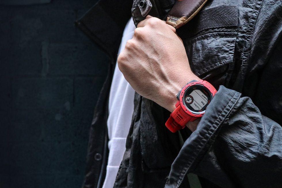 Garmin Instinct Smartwatch! The Updated Version