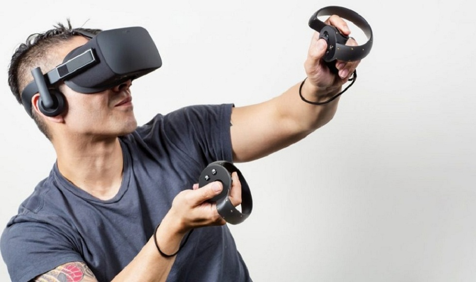 The new Oculus Rift S! The Updated Headsets