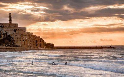Best Airbnb Summer Surfing Destinations!