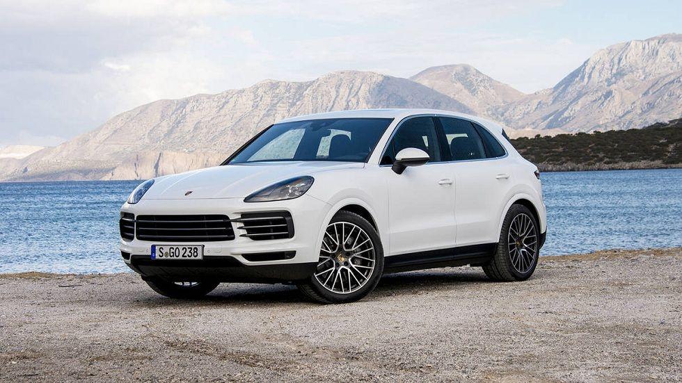 2019 New Porsche Cayenne! Sporty Features