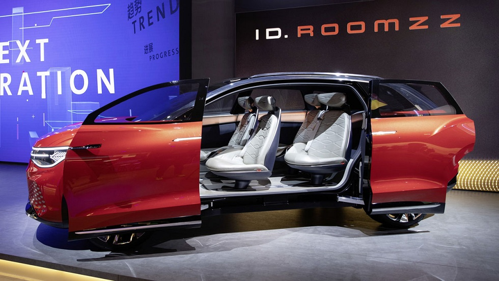 Volkswagen ID Roomzz Concept! Electric Innovation