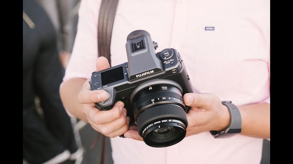 Fujifilm mirrorless GFX100 with 102-Megapixel Camera