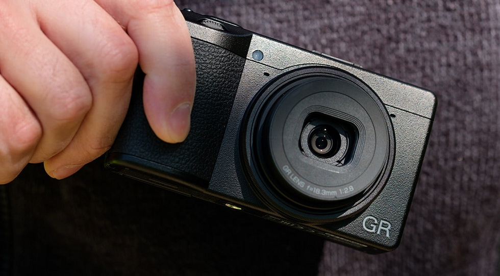 Ricoh GR III Camera! Small But Powerful