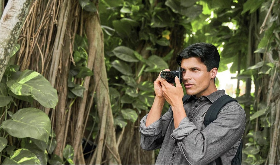 The Vloggers Dream! Sony's RX100 VII Camera