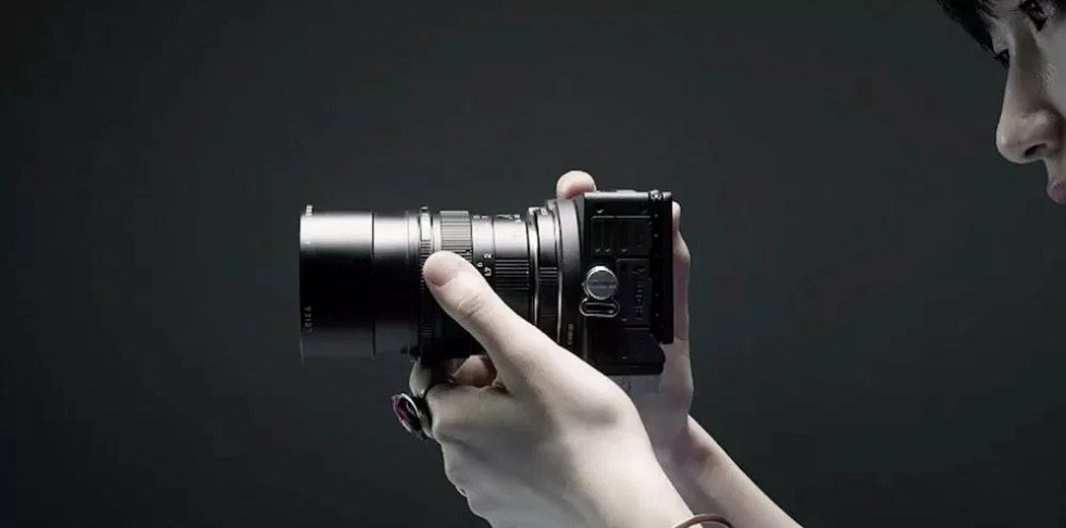 The Sigma fp! Shoot with World's Smallest Full-Frame Mirrorless Camera