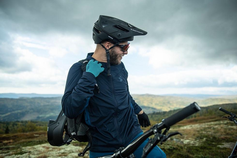 Sweet Protection Arbitrator MIPS Bikers Helmet! The Protector