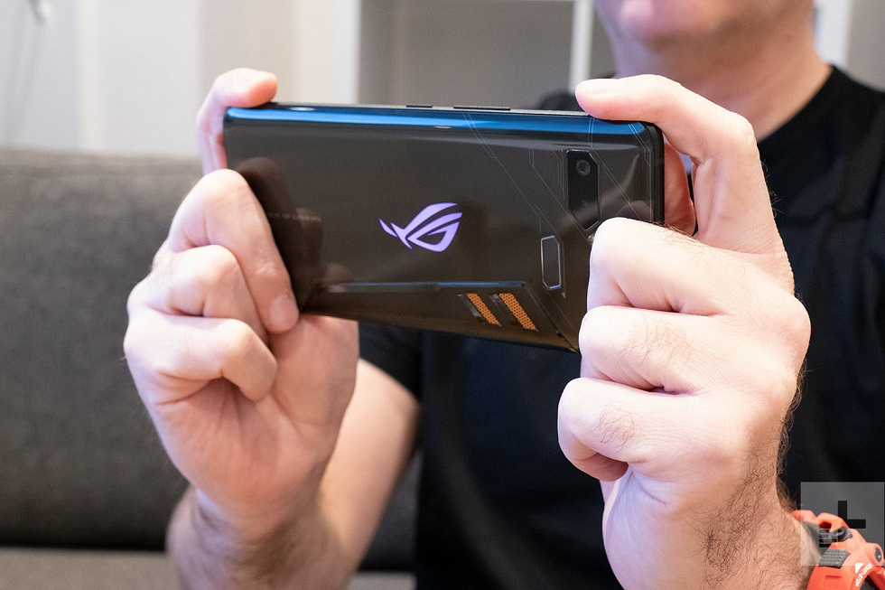 Asus ROG Phone 2! Powered by Snapdragon 855 Plus