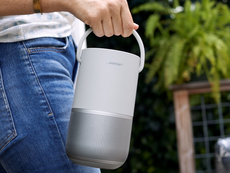 Bose New Portable Home Speaker! Smartly Updated