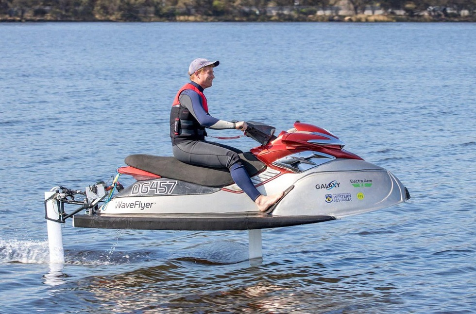 The WaveFlyer Electric Hydrofoil Jetski! World's First