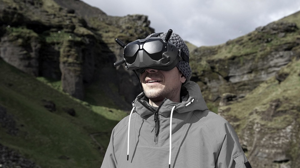 DJI Ultra-low-Latency Goggles! For Drones Racing