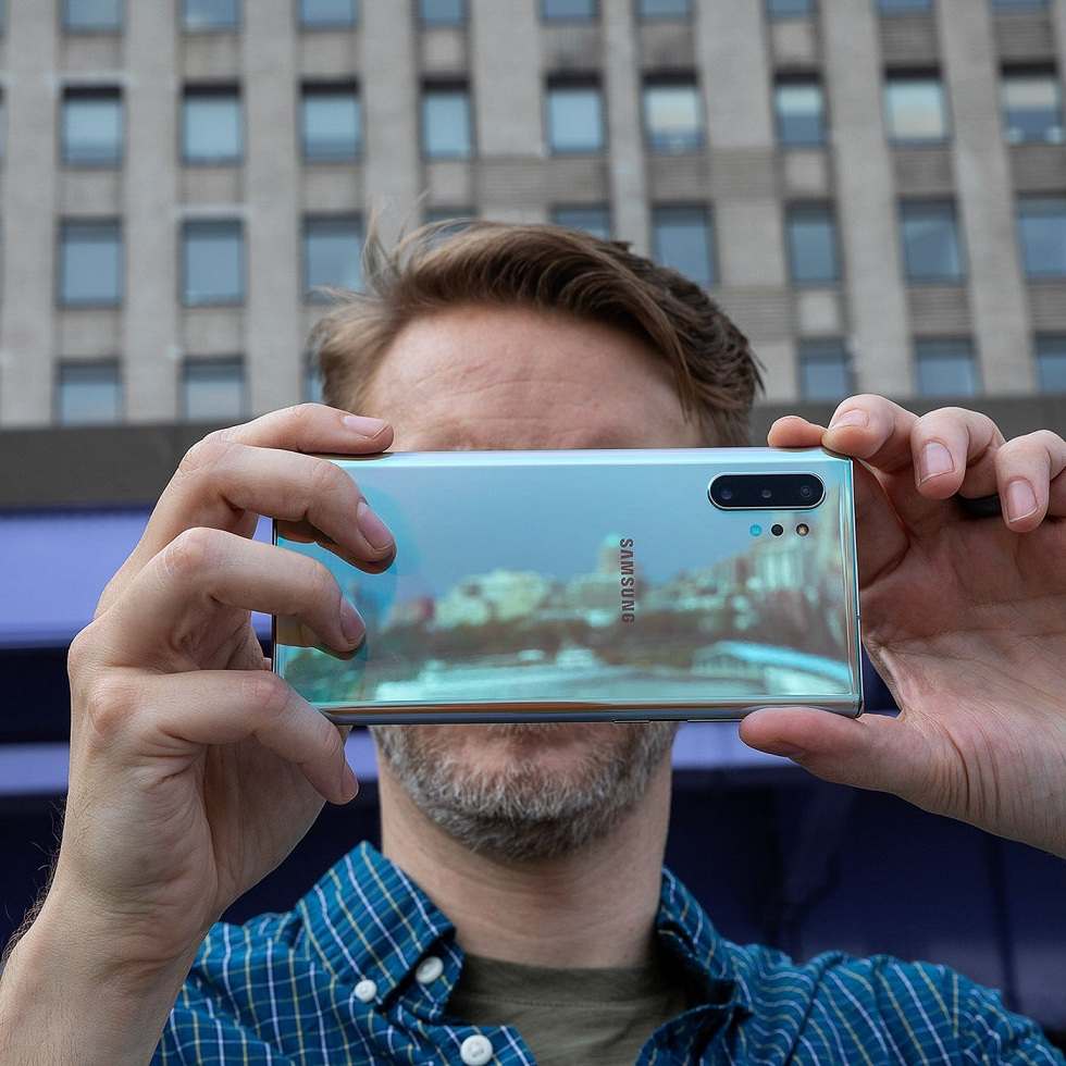 Samsung's New Camera Sensor! ISOCELL Slim GH1