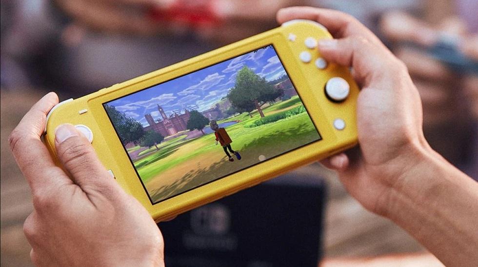 Nintendo Switch Lite! Lighter the Better