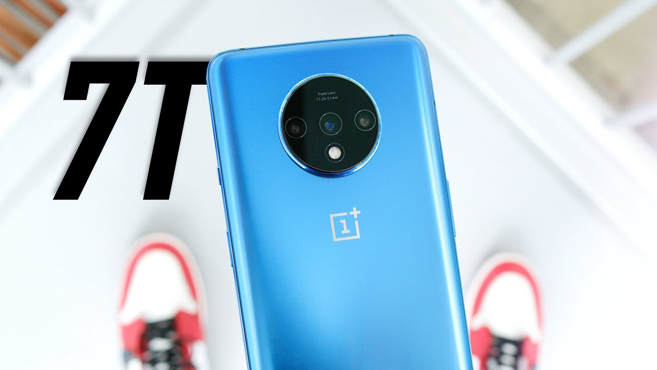 Reviewing OnePlus 7T SmartPhone