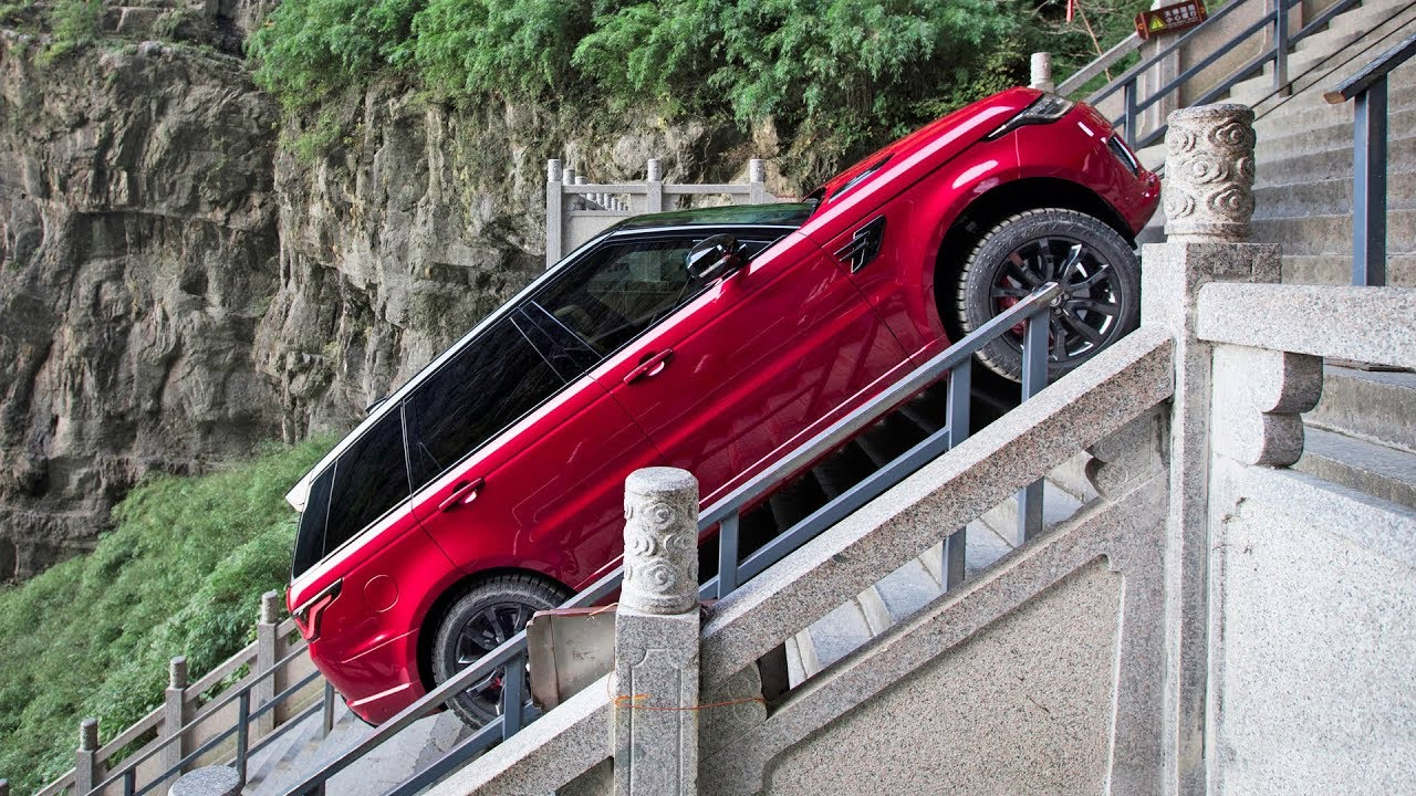 Range Rover Climbs 999 Stairs at Heaven's Gate in China