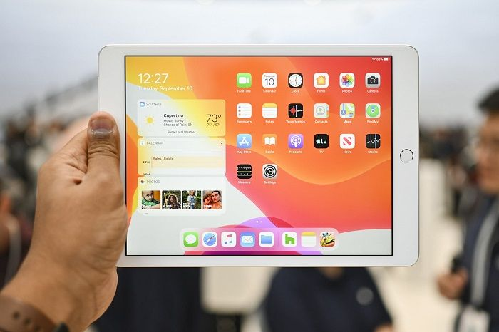 Review of Apple's iPad 10.2