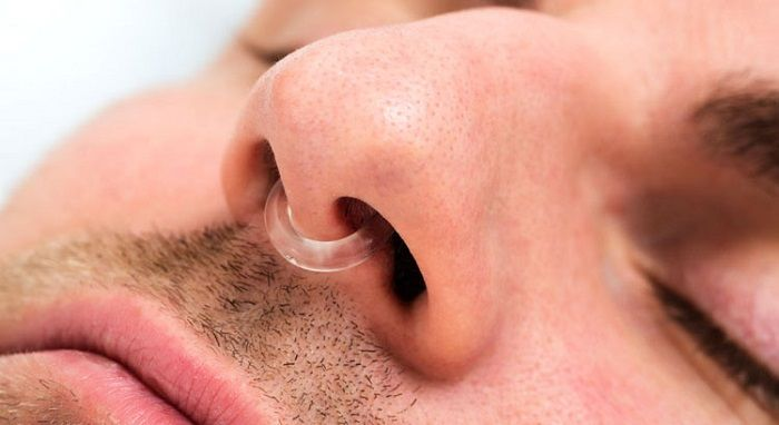 Men Suffering from Chronic Snoring - silentsnore