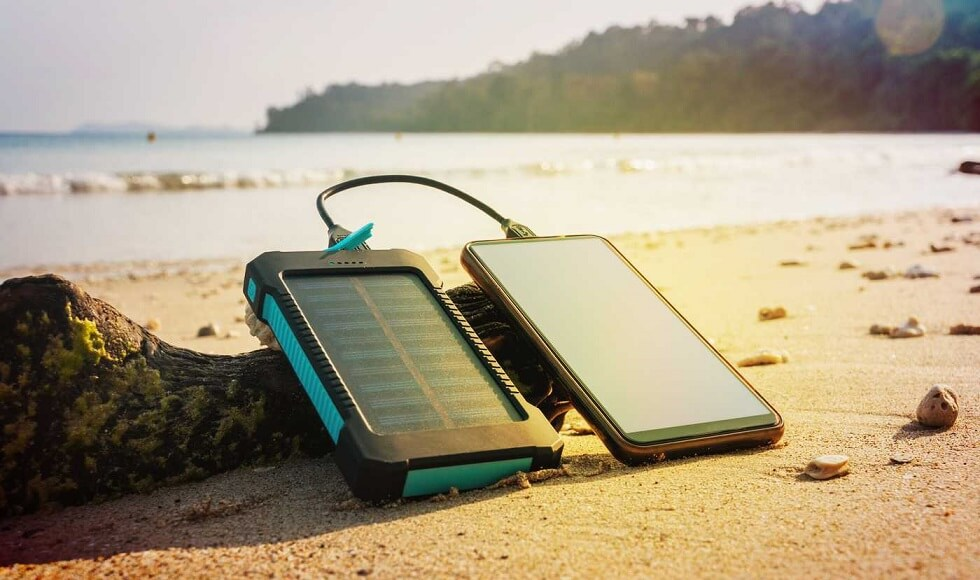Best Solar Phone Chargers You Can Use Everywhere