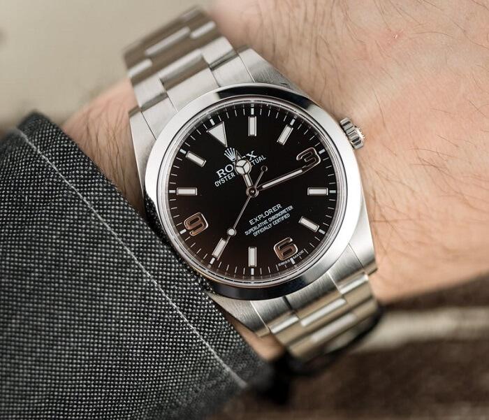 Rolex Explorer Oyster Steel Black Dial 39mm Men's Watch 214270