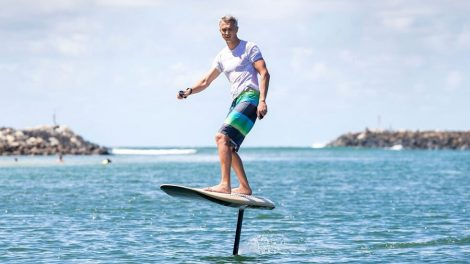 Fliteboard eFoil: Surf without Wind or Waves