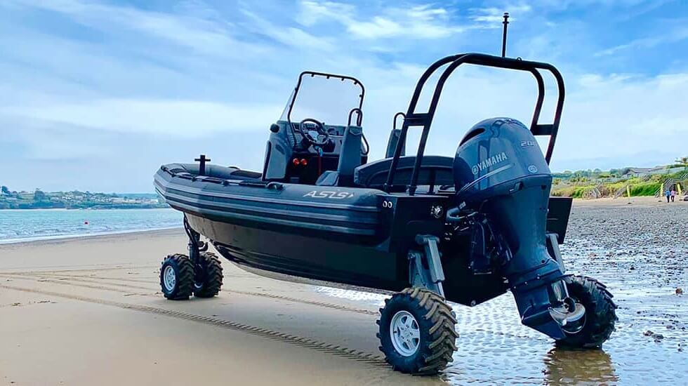The 4WD ASIS Amphibious Boat: Drive and Surf