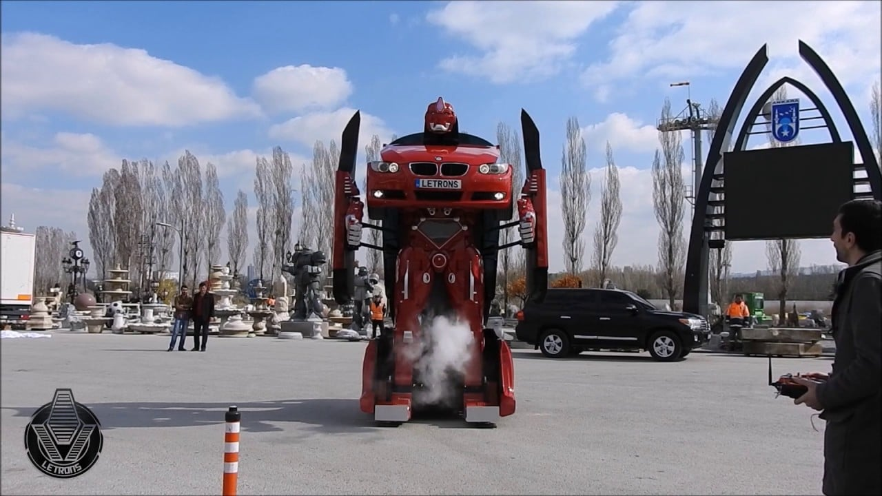 Turkish Engineering Company Turns a BMW Car into a Robotic Transformer