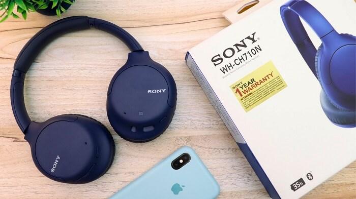 Sony WHCH710N noise-canceling headphones